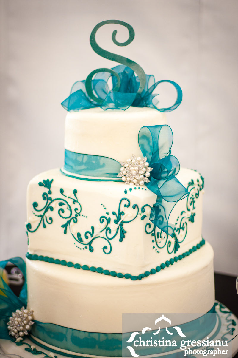 teal wedding cakes pictures wedding amp derrick married at the manor house 20788